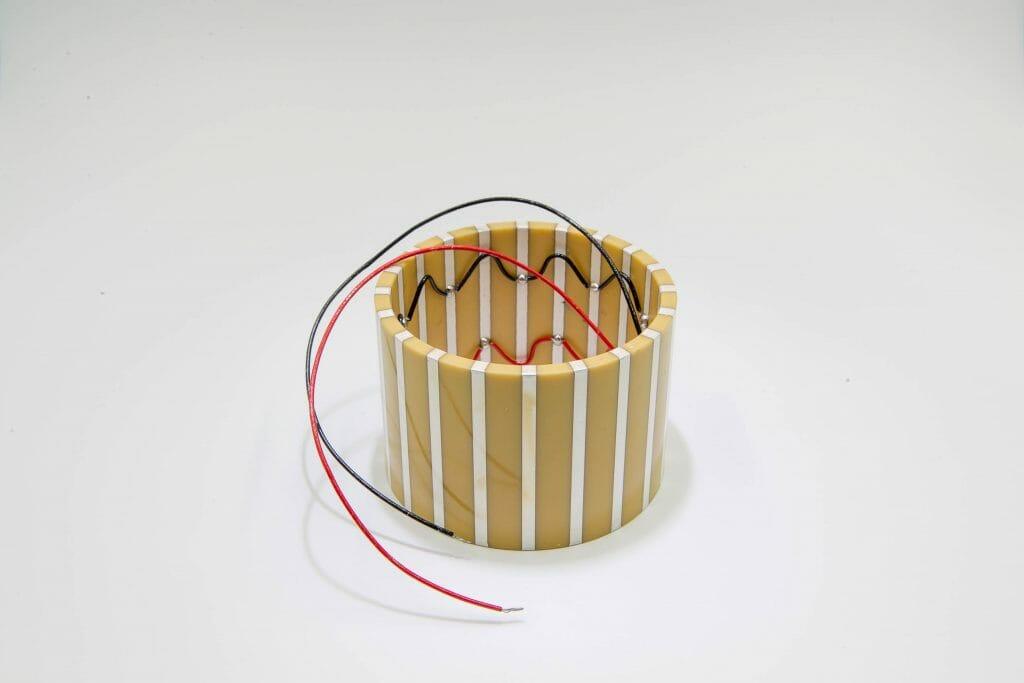 piezoelectric tube actuator