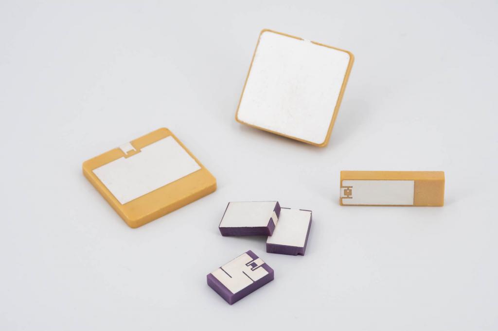 RFID Piezo Component